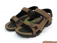 giay-sandal-yonex-chinh-hang-nau