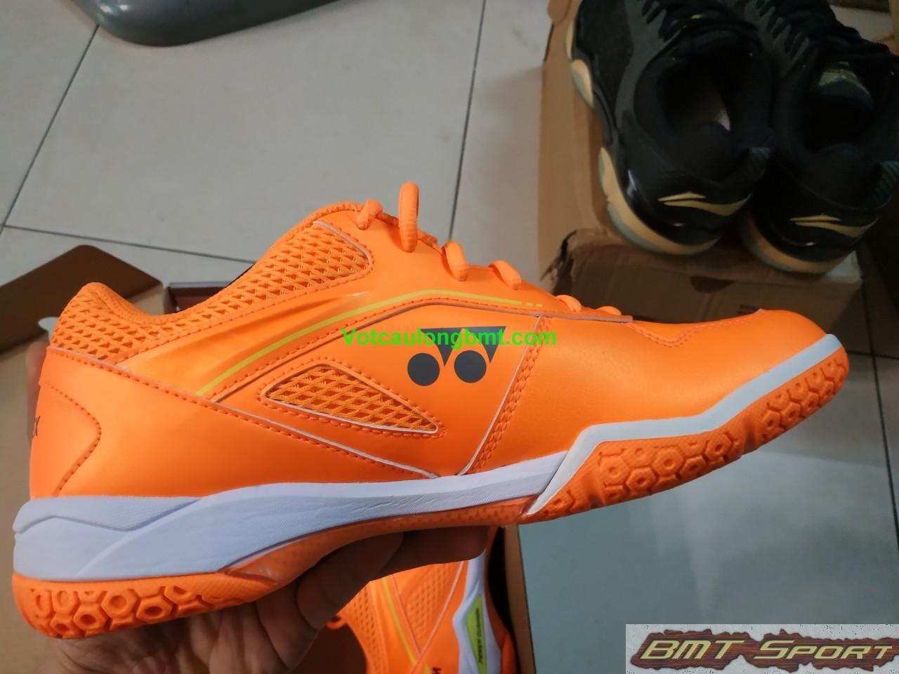 Giày cầu lông Yonex SHB 65ZW Momota