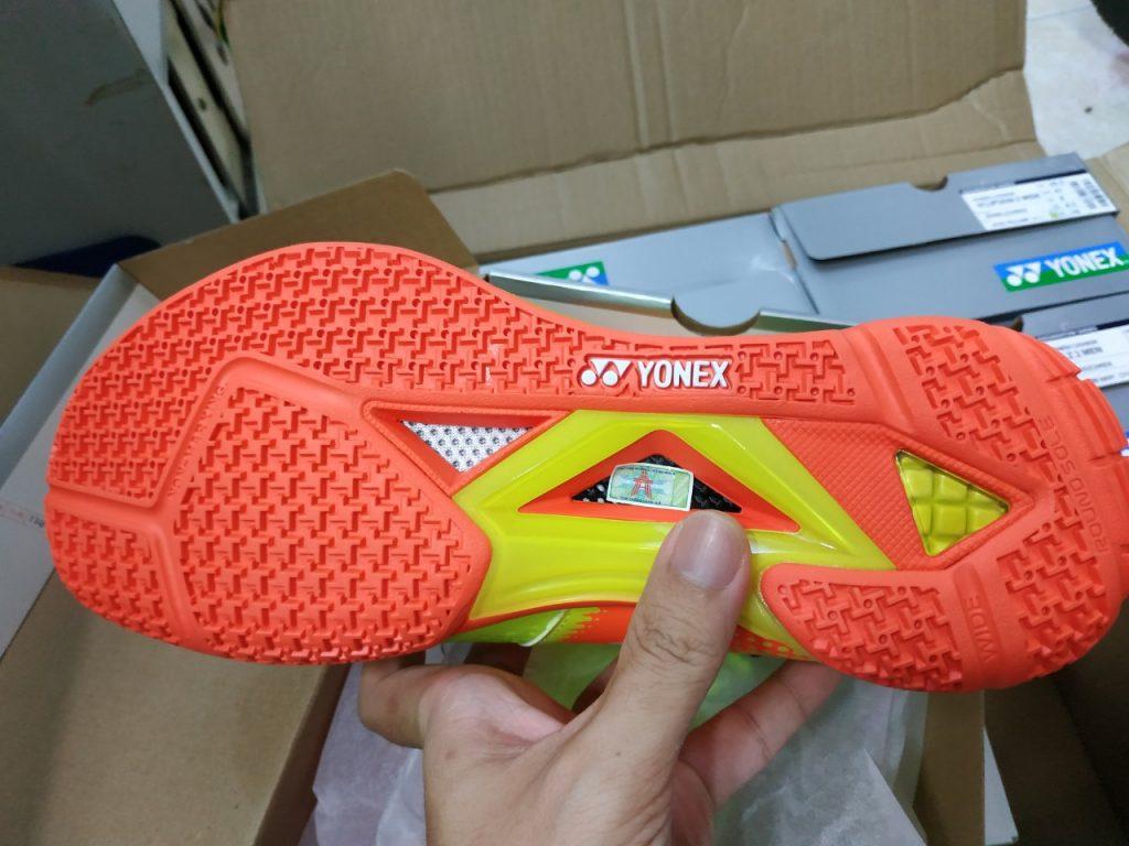 Giày cầu lông Yonex SHB Eclipsion Z2 Wide